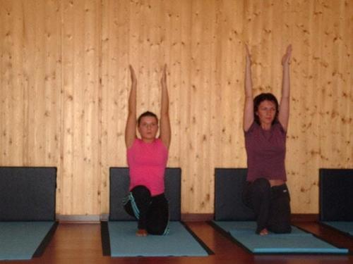 Yoga28 09 07  22 -575-800-600-100