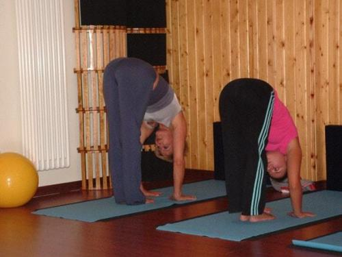 Yoga28 09 07  6 -569-800-600-100